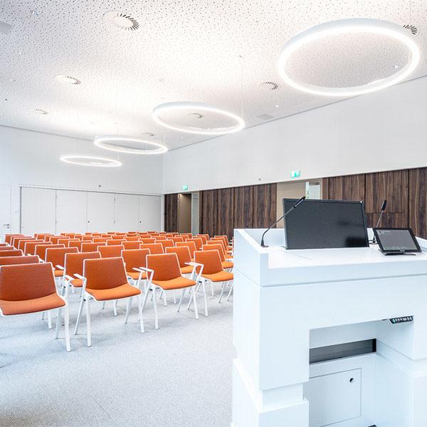 Grosspeter-Tower / Ausbau Konferenzräume und Lobby